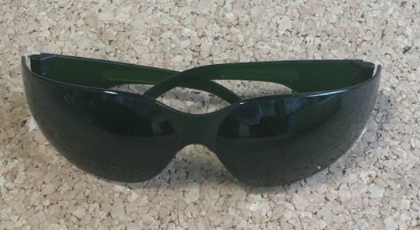 ミュゼ脱毛器のサングラスの写真